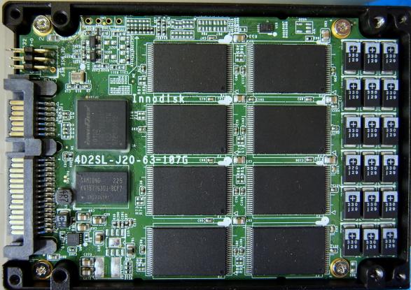 Disco duro SSD SATA III interior