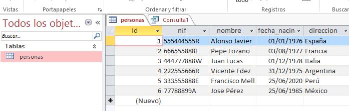 Probando la consulta que muestra la edad a partir de la fecha de nacimiento en Microsoft Access